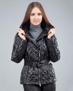 Стеганная демисезонная куртка