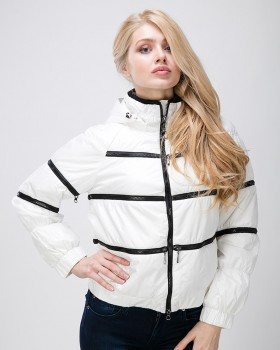Куртка трансформер белого цвета