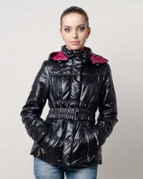 Демисезонная куртка черная