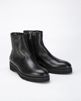 Ботинки женские без каблука на молнии