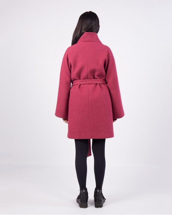 Яркое пальто из полушерсти ALVO