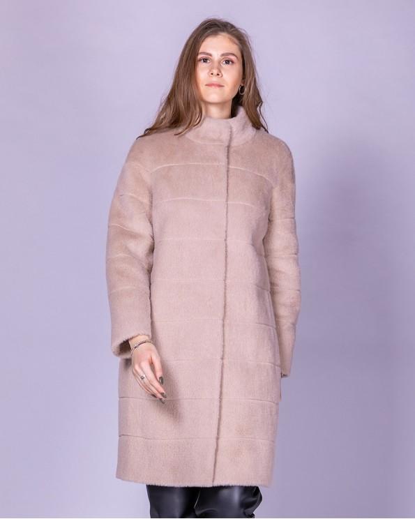 Бежевое пальто из ткани с ворсом