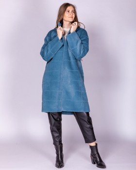 Голубое пальто из ткани с ворсом