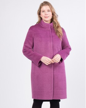 Модное пальто из альпака сури