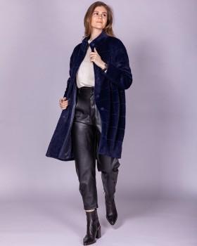 Темно-синее прямое пальто с прострочкой