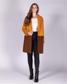 Двухцветное пальто из полушерстяной ткани