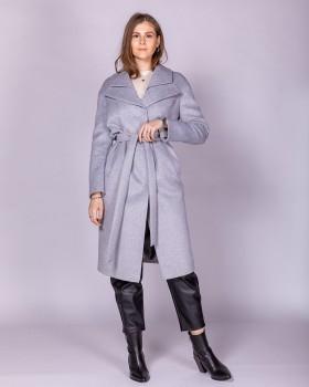 Серое женское прямое пальто с поясом