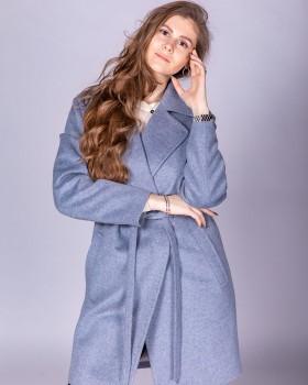 Стильное пальто из шерсти на весну ALVO