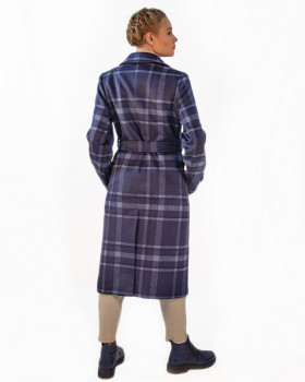 Модное двубортное пальто в клетку