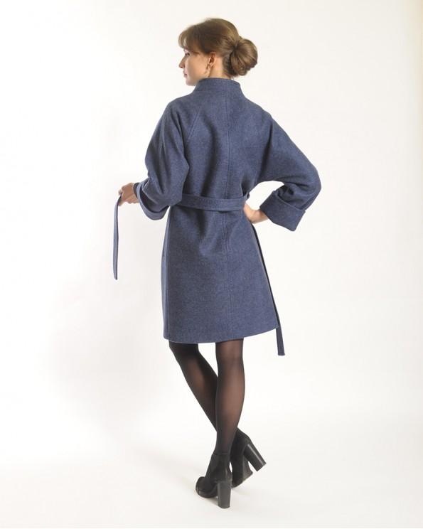 Пальто шерстяное с воротником стойкой