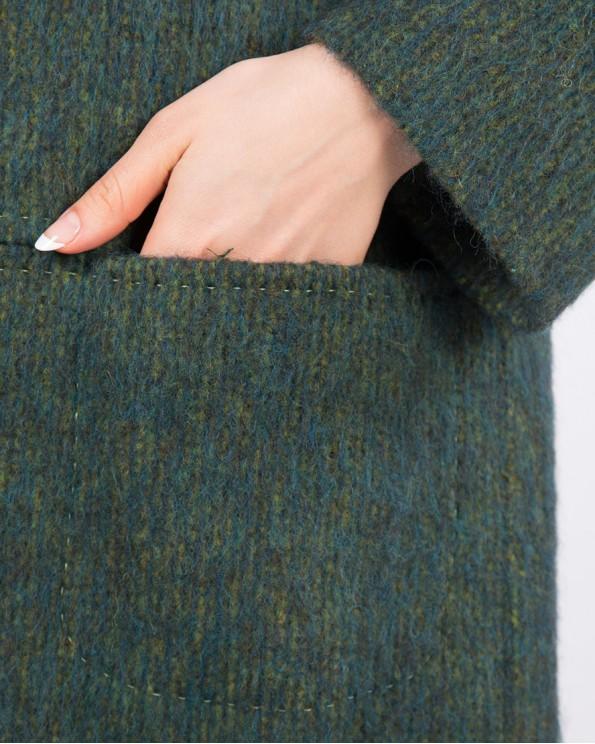 Утепленное шерстяное пальто прямого кроя