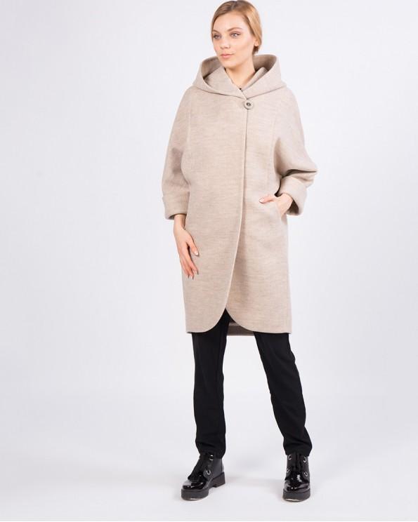 Бежевое пальто оверсайз с капюшоном