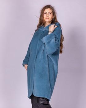 Модное пальто свободного кроя с капюшоном