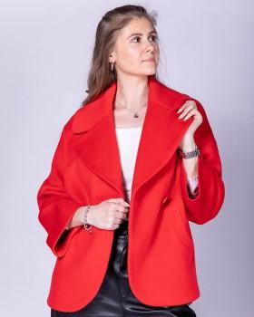 Красное короткое пальто оверсайз
