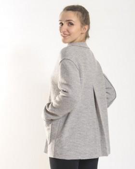 Женское полупальто серое из шерсти