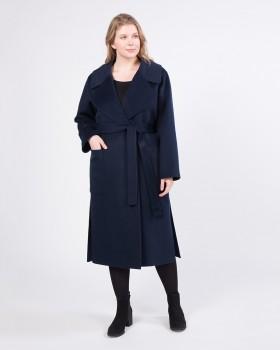 Длинное пальто с большим английским воротником
