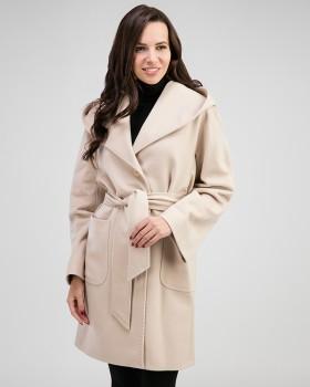 Бежевое женское пальто из шерсти с капюшоном