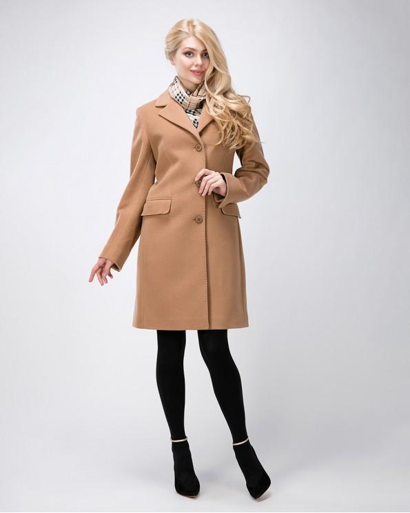 Бежевое классическое пальто для женщин