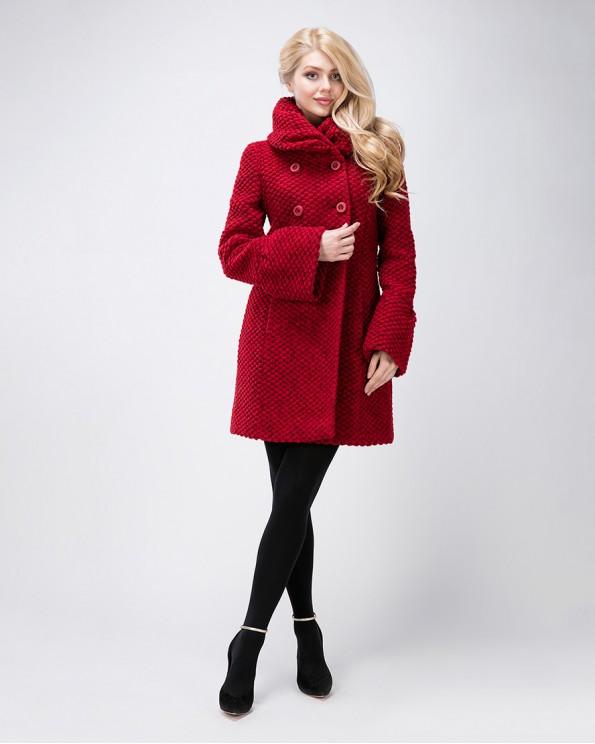 Пальто букле с объемным воротником