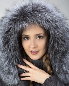 Коричневый зимний пуховик на тинсулейте