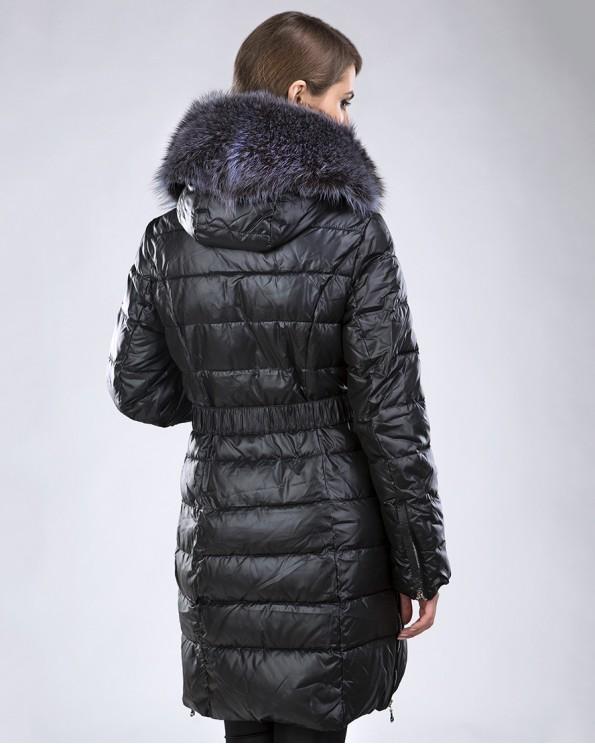 Зимнее пальто на тинсулейте с енотом