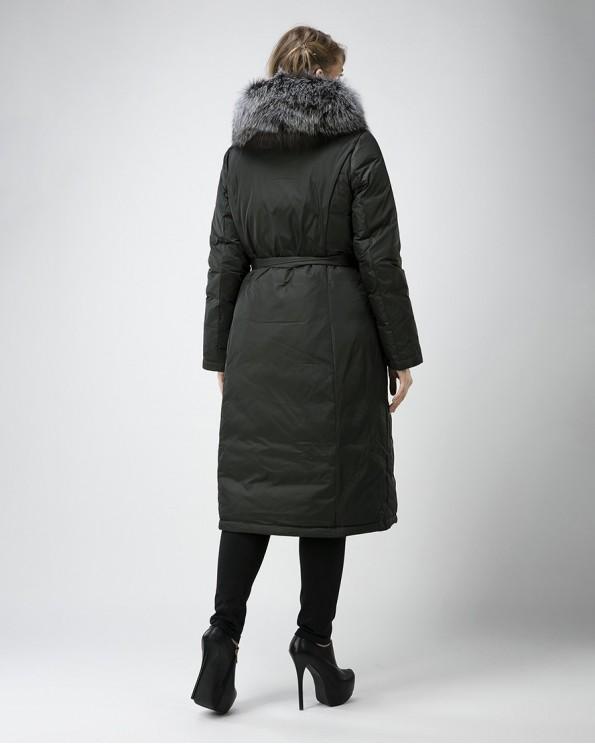 Женское пальто пуховик с мехом чернобурки