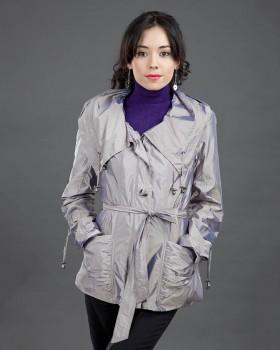 Ветровка женская серого цвета с капюшоном